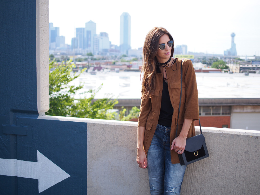 H&M suede coat dallas blogger How I am Meeting new people + this fabulous suede jacket